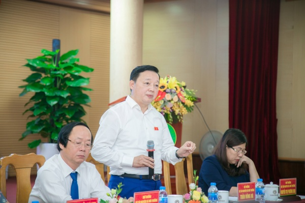 Minister Tran Hong Ha concludes the meeting