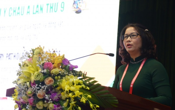 Prof. Dr. Nguyen Thi Lan, President of Vietnam National University of Agriculture delivers the opening speech