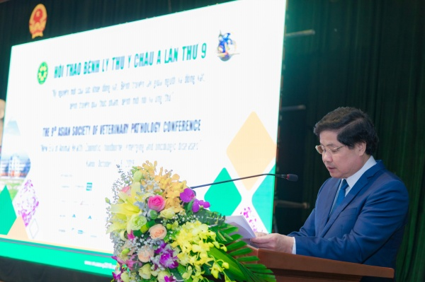 Mr. Le Quoc Doanh - Deputy Minister of Agriculture and Rural Development delivers the welcome remarks of ASVP 2019.