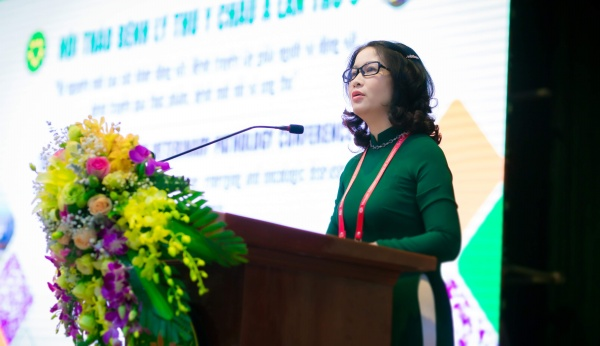 Prof. Nguyen Thi Lan – ASVP Chair, President of VNUA delivers the opening speech of the 9th ASVP Conference